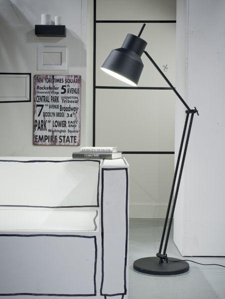 Stehlampe Belfast aus Metall, schwarz